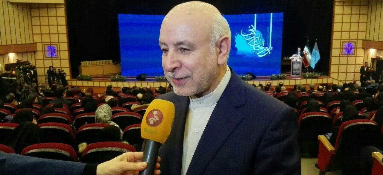 پروفسور محمد اسماعیل اکبری ، جراح عمومی، فوق تخصص جراحی غدد و سرطان